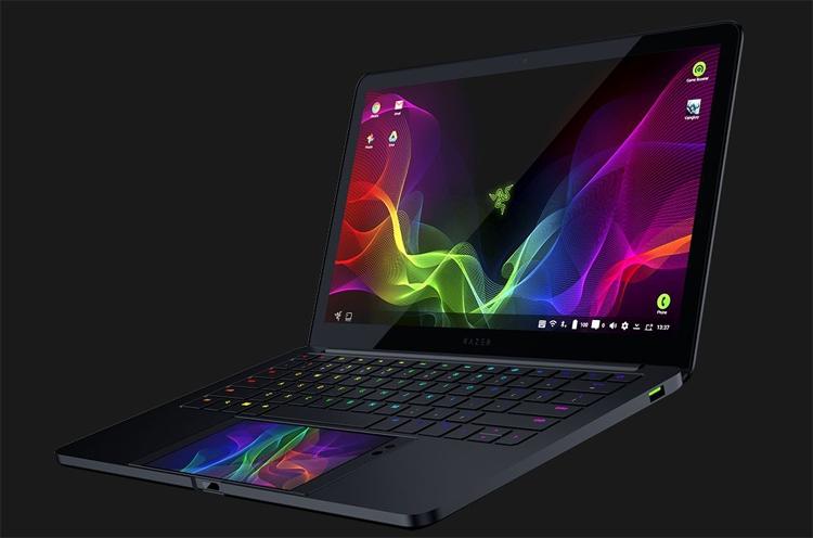 "CES 2018: Razer Project Linda, или Android-ноутбук на основе смартфона"""