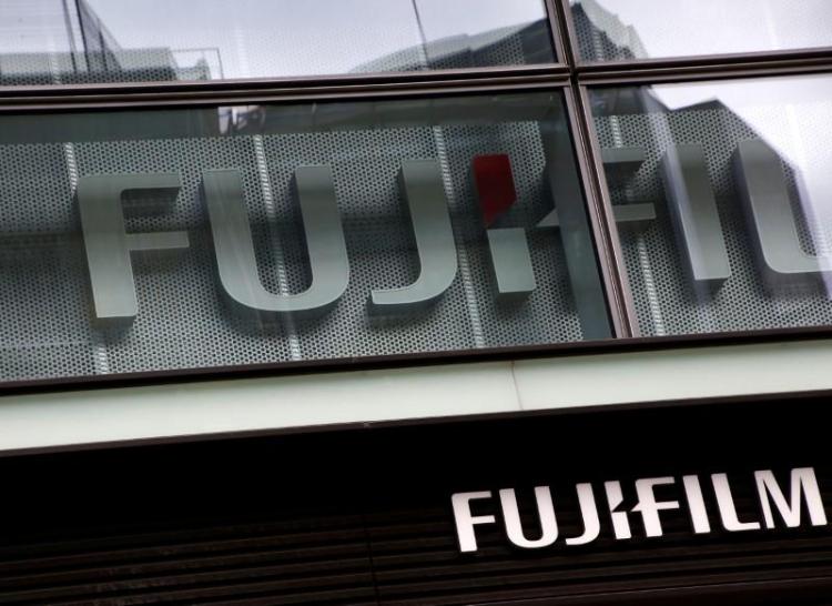 """Fujifilm приписывают покупку части Xerox"""""""