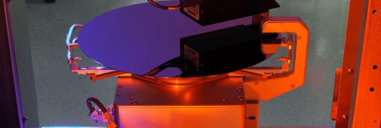 Полировка кремнивой пластины (Akrion Systems)