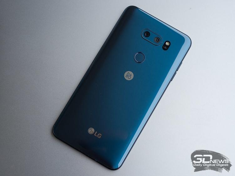 """LG выпустит версию смартфона V30 с улучшенными средствами ИИ"""""""
