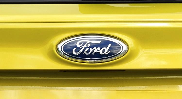 """Ford отзывает в России тысячи автомобилей из-за риска возгорания"""""""