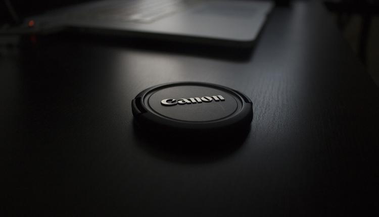 """Canon вскоре представит новый беззеркальный фотоаппарат"""""""