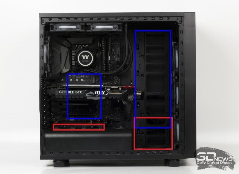 Варианты установки SATA-накопителей в Thermaltake Core X31: красная рамка — в корзины; синяя рамка — за шасси
