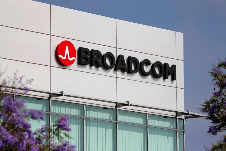 sm.BN VK115 38feR OR 20171003103625.750 - OPPO, Vivo и Xiaomi считают, что Qualcomm не должна быть продана Broadcom