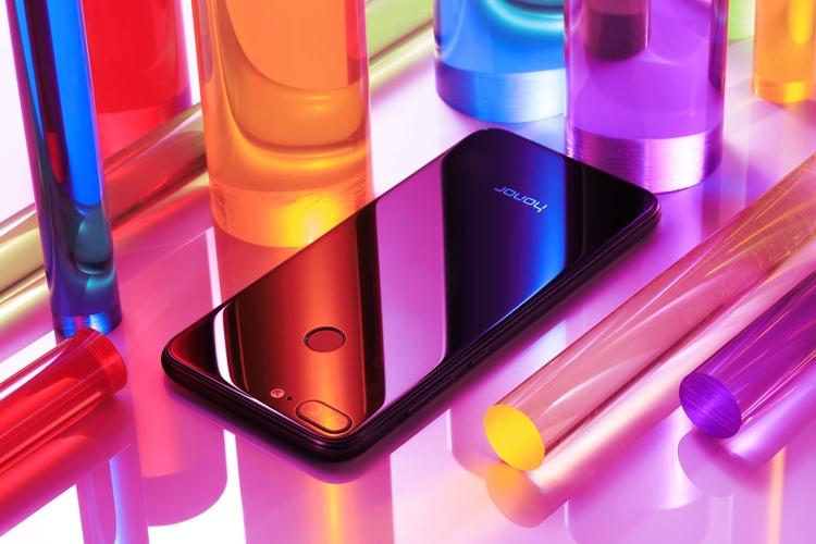 Объявлена русская цена Huawei Honor 9 Lite