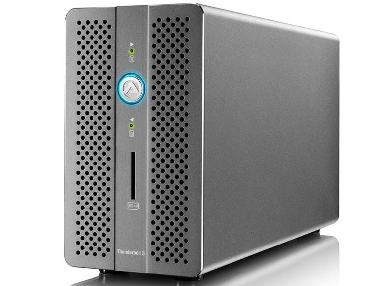 "Хранилище Akitio Thunder3 RAID Station оснащено дисками Seagate Iron Wolf Pro"""