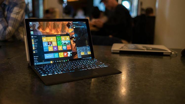 Экран Surface Pro 4 можно починить с помощью морозилки