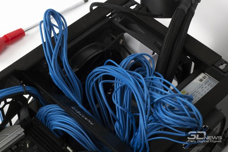 Попытка проложить оплетенные кабели блока питания в Phanteks Enthoo Evolv Shift