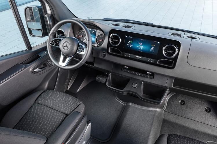 """У Mercedes-Benz Sprinter появится электрическая версия"""""""