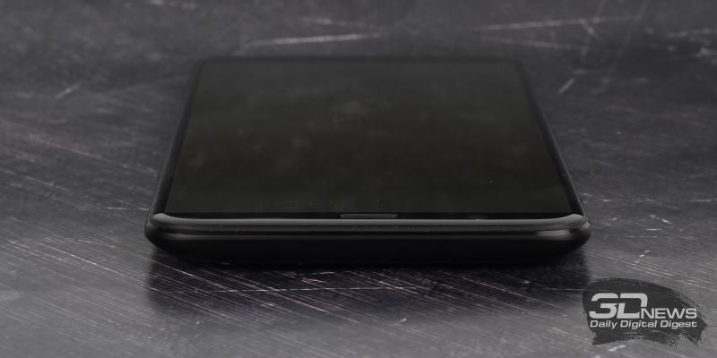 OnePlus 5T, верхняя грань свободна от функциональных элементов