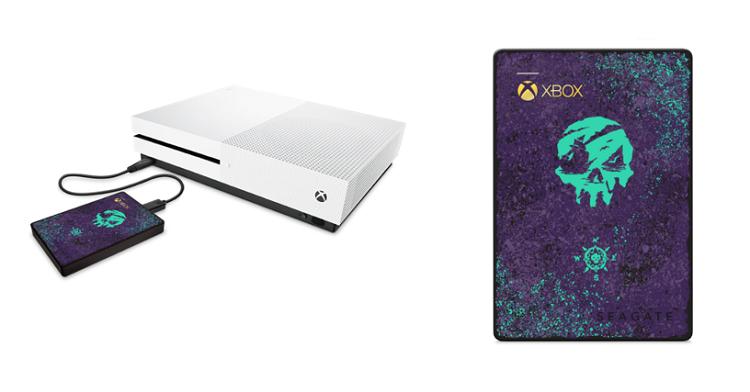 "Microsoft расширила серию аксессуаров в стиле Sea of Thieves подставкой для геймпада и HDD от Seagate"""