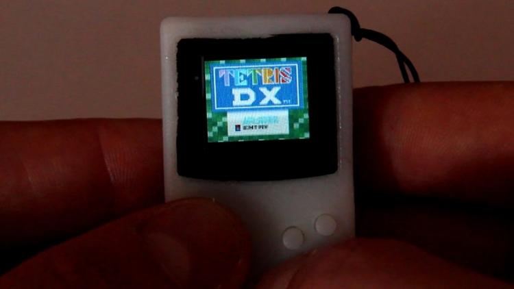 """Консоль-брелок PocketSprite: если быGame Boy была очень маленькой"""""""