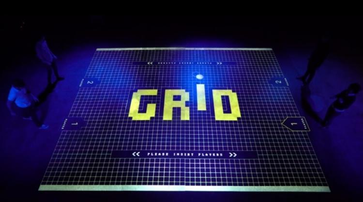 """Видео дня: двигаем ногами — играем в интерактивный «пинг-понг» GRID"""""""