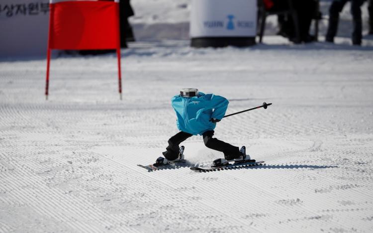 В Южной Корее завершились первые соревнования роботов-лыжников