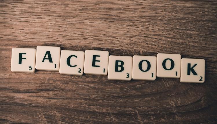 """Facebook выйдет на рынок смарт-динамиков в середине года"""""""