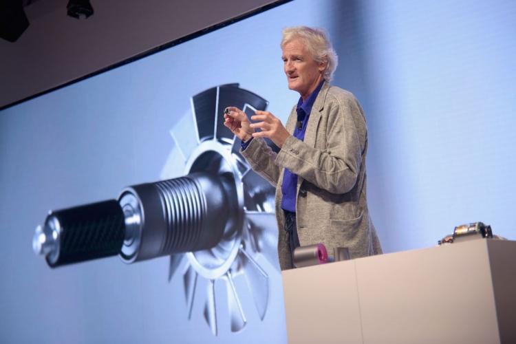 """Производитель пылесосов Dyson готовит к выпуску три модели электрокара"""""""