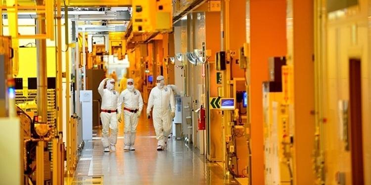 04 - Свежевыявленные уязвимости CPU требуют новых аппаратных заплаток