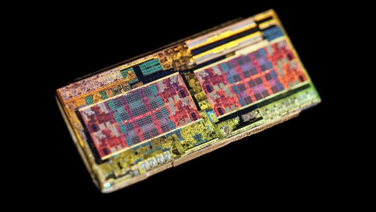 01 - AMD бесплатно отправляет процессоры для прошивки несовместимых плат