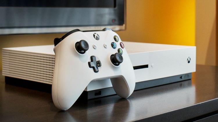 """Microsoft даёт разработчикам свободу в выборе поддержки клавиатуры и мыши на Xbox One"""""""