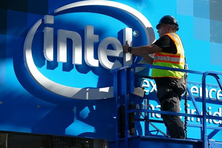 """Intel выпустила обновления микрокода для нескольких поколений CPU"""""""