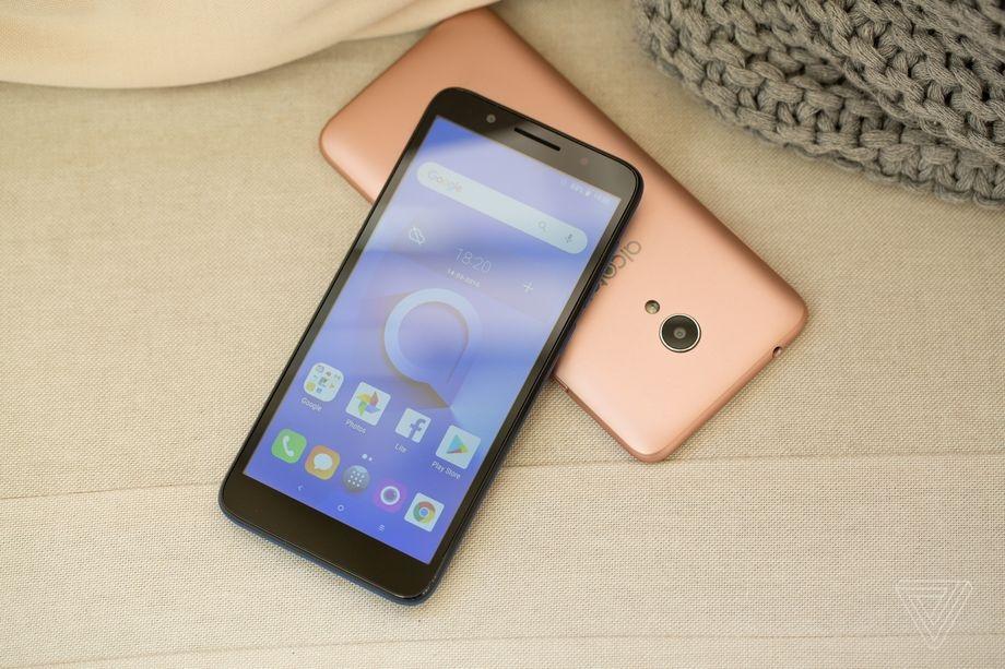 "MWC 2018: Alcatel 1X — первый смартфон с Android Go"""