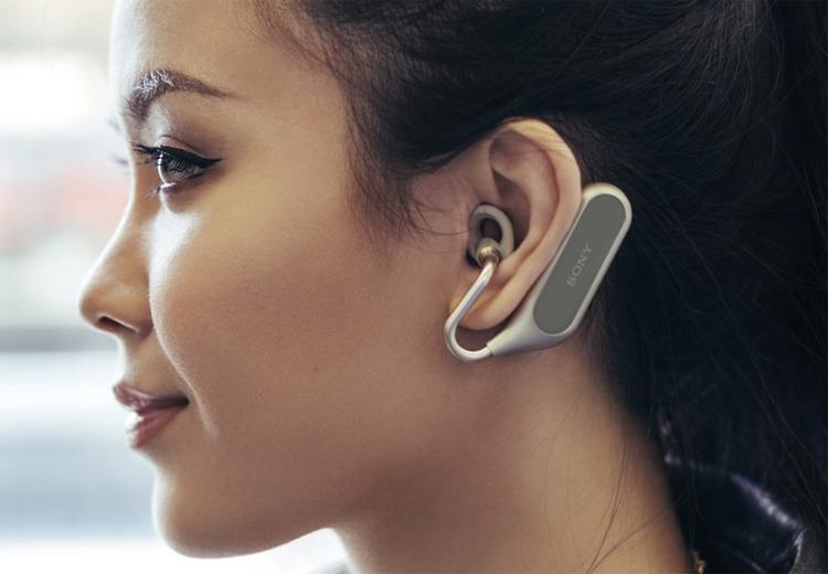 "MWC 2018: беспроводные наушники Sony Xperia Ear Duo с поддержкой Google Assistant и Siri"""