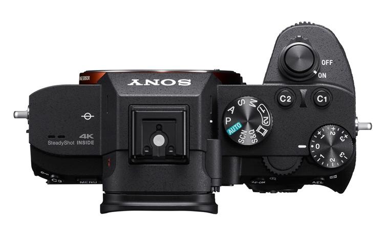 """Sony α7 III: полнокадровый беззеркальный фотоаппарат за $2000"""""""