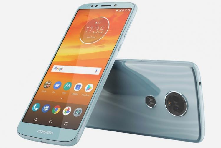 В Сети замечен смартфон Moto E5 Plus