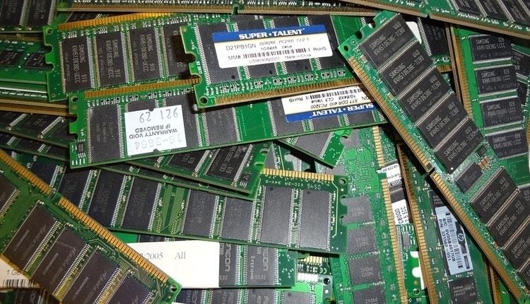 """Китайская компания приступила к поставкам микросхем и модулей DDR4"""""""
