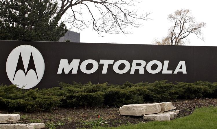 Культовый телефон Motorola RAZR ждёт возрождение