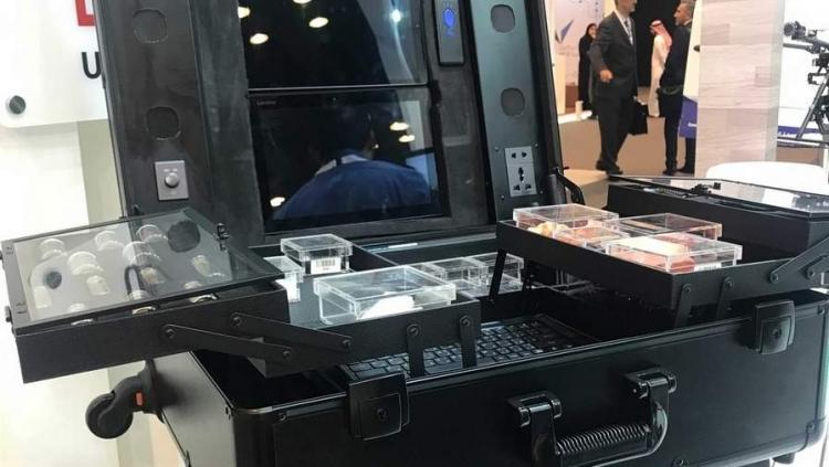 """Робот в аэропорту Дубая будет сообщать о подозрительных личностях"""""""