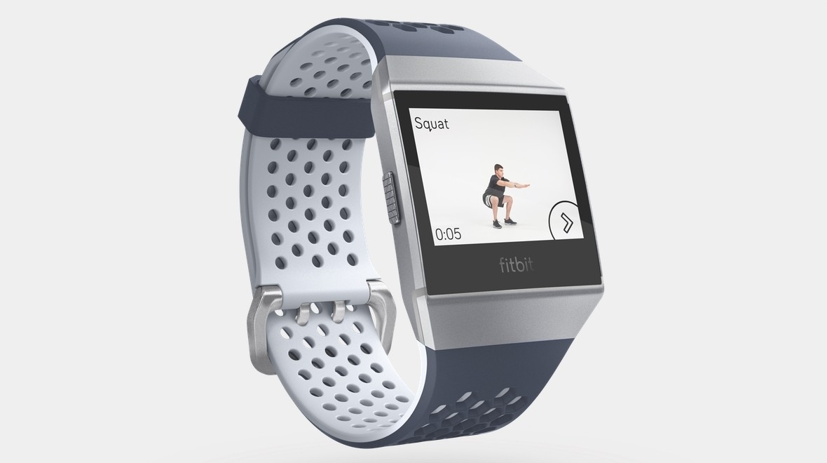 Fitbit представила смарт-часы Ionic: Adidas