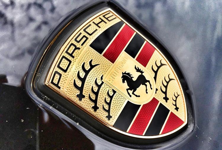 """Porsche присматривается к летающим такси"""""""