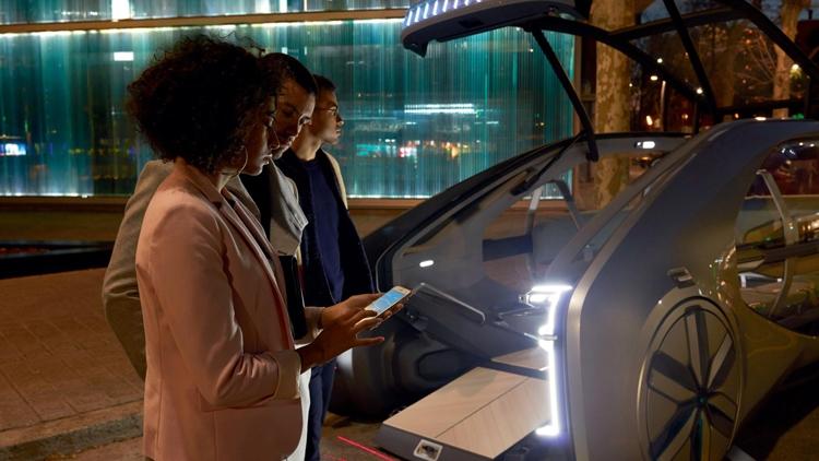 """Renault EZ-GO: электрический робомобиль для райдшеринга"""""""