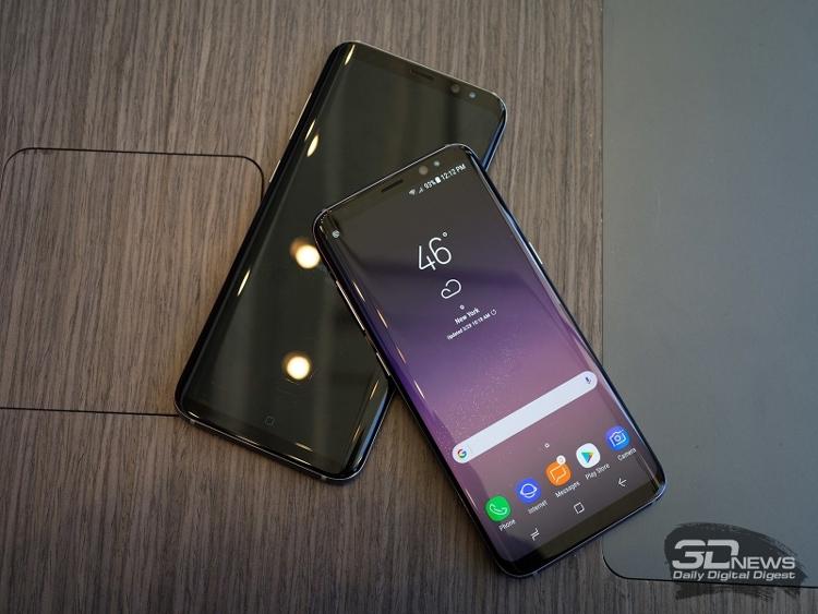 Samsung Galaxy S8 получил высокую оценку за водонепроницаемость и возглавил общий рейтинг смартфонов Роскачества