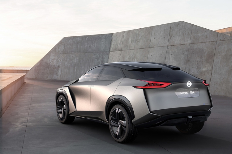 "Электрический концепт-кар Nissan IMx KURO оснащён системой Brain-to-Vehicle"""
