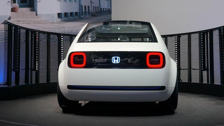 """Электрокар в ретро-стиле Honda Urban EV поступит в продажу в 2019 году"""""""