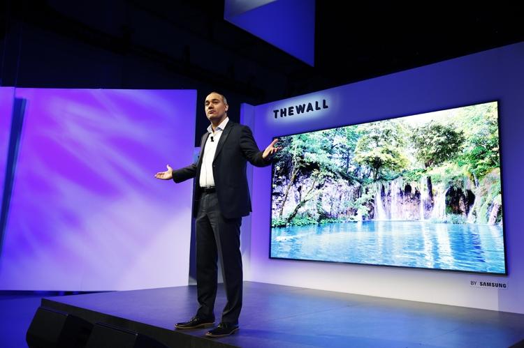 """Модульный дисплей Samsung The Wall поступит в продажу в августе"""""""