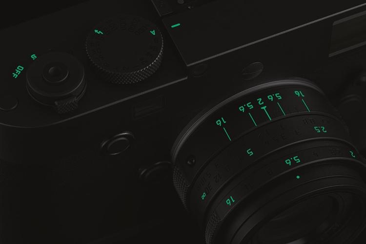 """Leica M Monochrom Stealth Edition: камера ограниченной серии для чёрно-белой съёмки"""""""