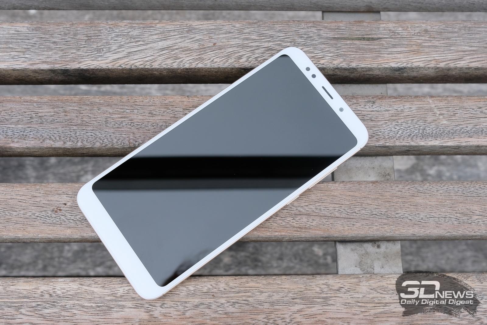 Новая статья: Обзор смартфона Xiaomi Redmi 5 Plus: властелин нижнего яруса