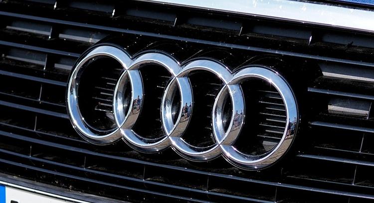 "Audi опробовала перспективное синтетическое топливо e-benzin"""