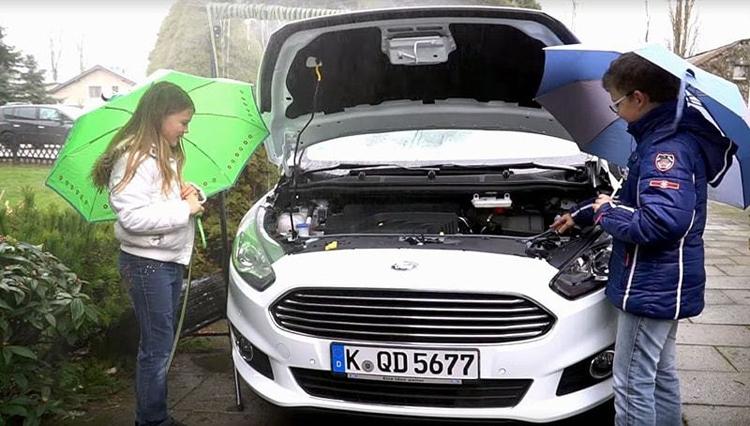 Форд изучает идею применения дождевой воды встеклоомывателе