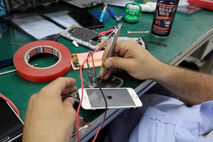 Ремонт смартфонов в москве. Какие чаще сдают в ремонт?