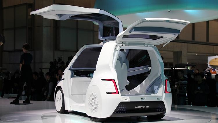"""Toyota унифицирует батареи для электрокаров и бытового применения"""""""