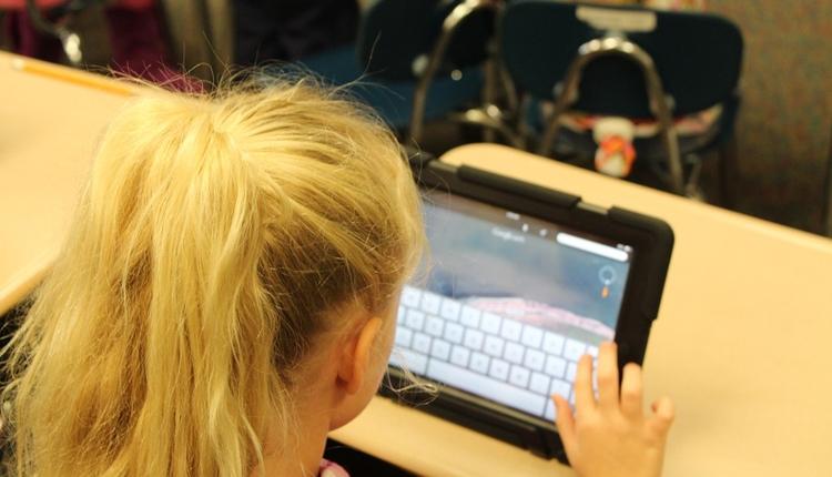 Дети в возрасте 13–15 лет наиболее подвержены киберугрозам