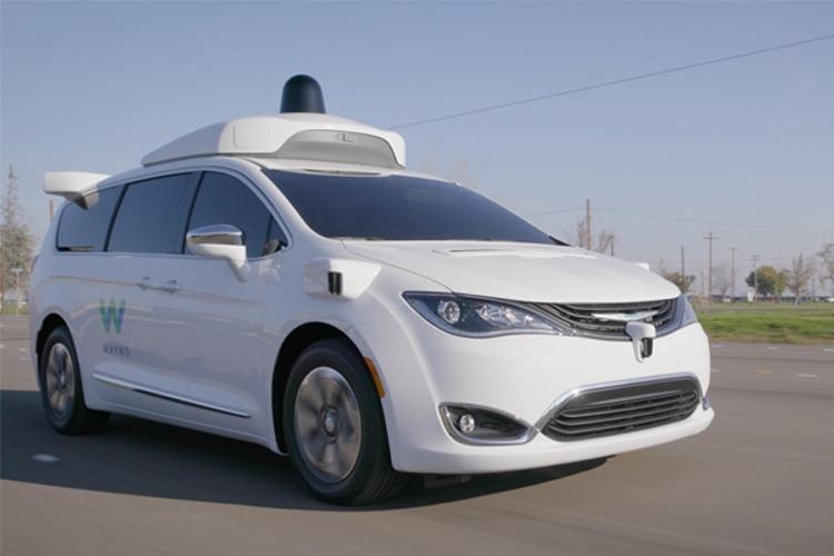 """Waymo начнёт испытывать в Калифорнии робомобили без страхующего водителя"""""""