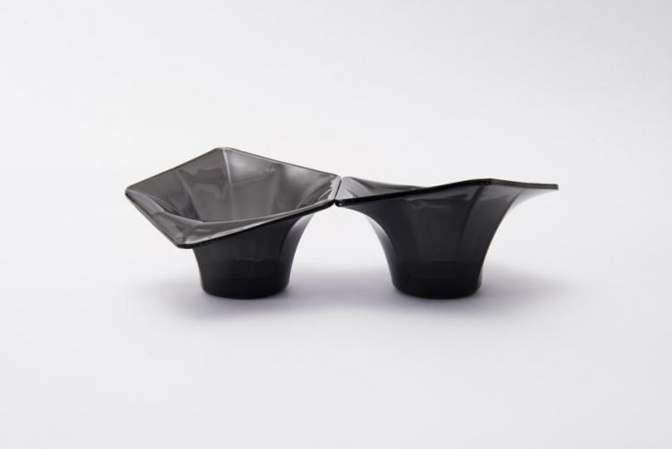 sm.Pentatonic Handy Bowl 889x593.750 - Путь от смартфона до стакана: компания Pentatonic наладила производство посуды из дисплеев