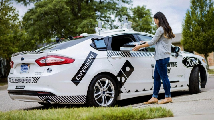 "Ford начнёт масштабное развёртывание сервиса робомобилей к 2021 году"""