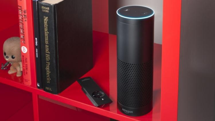 """Amazon тестирует смарт-динамики с Alexa для автомобилей"""""""