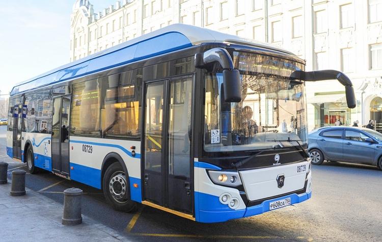"""Сотни электрических автобусов начнут перевозить пассажиров в Москве"""""""